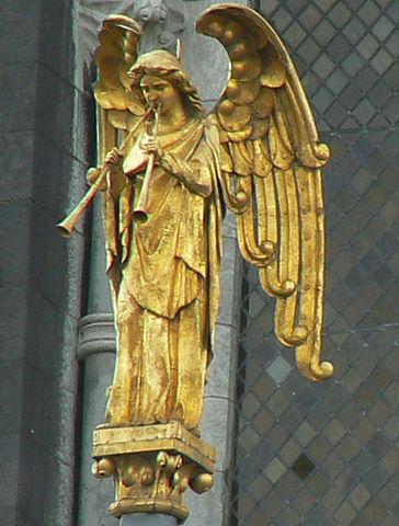 Resurrection_Angel_St_Fin_Barre's_Cathedral